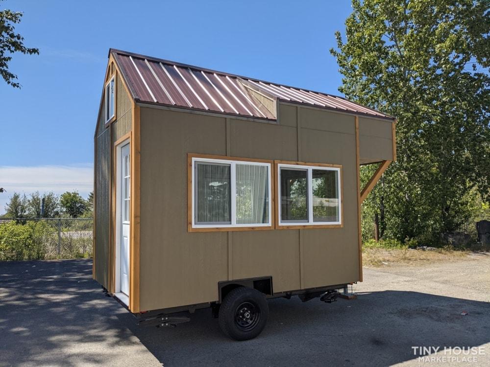 Very Special 12x8 Tiny House - Slide 4