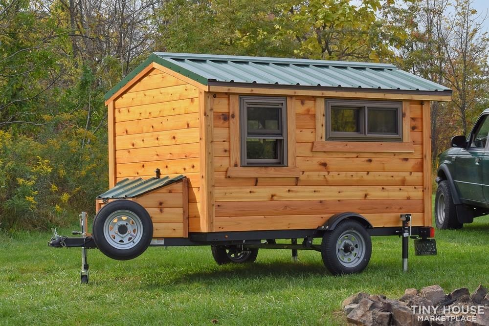 Wildbound 5' x 8' Tiny Travel Cabin - Slide 3