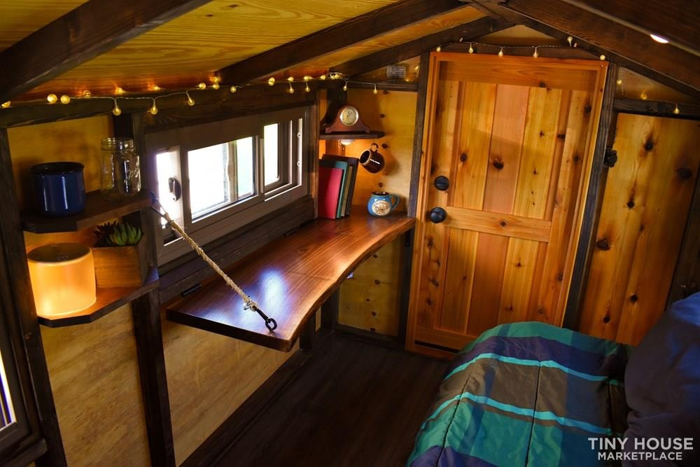 Wildbound 5' x 8' Tiny Travel Cabin - Slide 5
