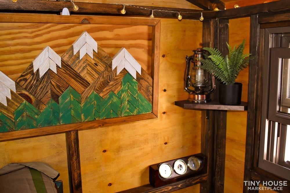 Wildbound 5' x 8' Tiny Travel Cabin - Slide 6