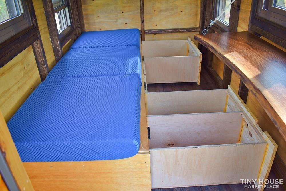 Wildbound 5' x 8' Tiny Travel Cabin - Slide 7