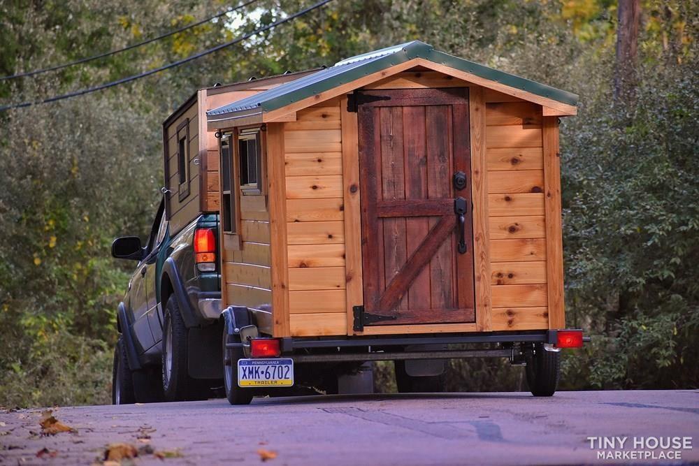Wildbound 5' x 8' Tiny Travel Cabin - Slide 8